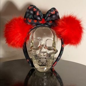 🖤Exclusive Disney Minnie Christmas Pom Pom Ears🖤